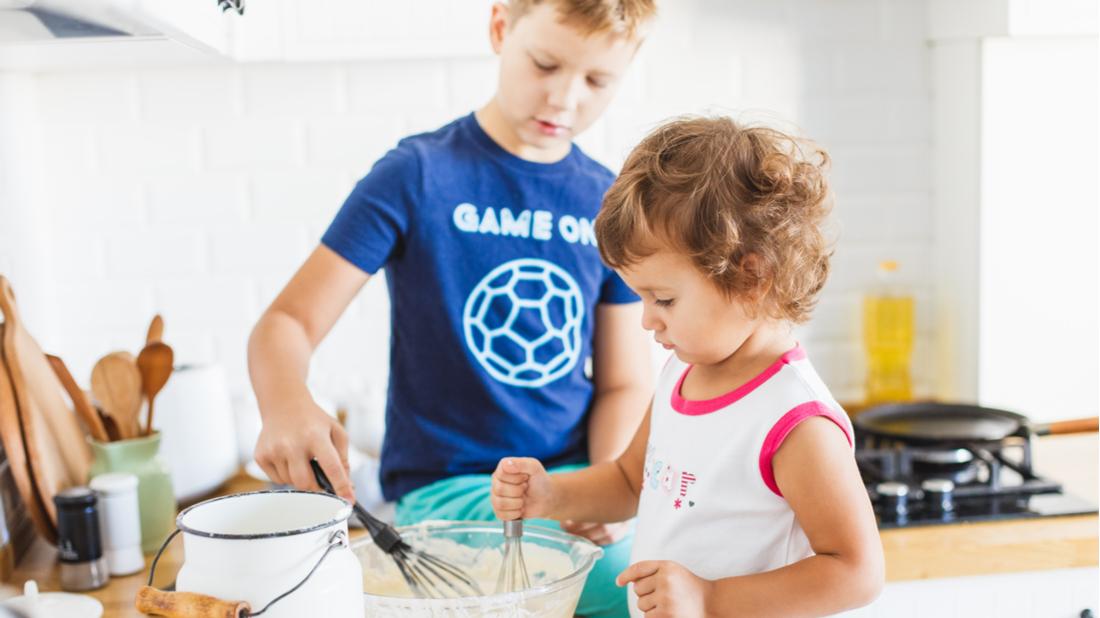 Děti pomáhají doma