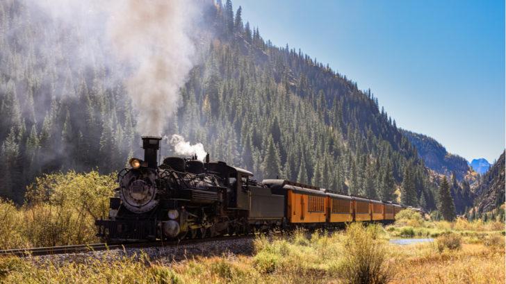 vlak-728x409.jpg