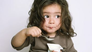 dieta_jedlo_istock_000005241132medium-352x198.jpg