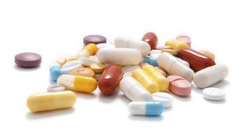 tablety_prasky_vitaminy_drogy_istock_000020695792medium-352x198.jpg