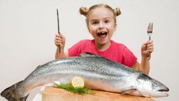 dieta-ryba-jedlo-strava-zdrava-dievca-istock_000015241532-352x198.jpg