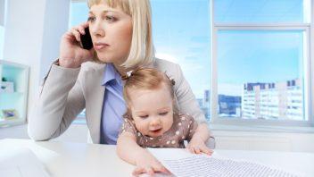 matka-dieta-urad-dokumenty-kancelaria-pocitac-telefon-istock_000025389848-352x198.jpg