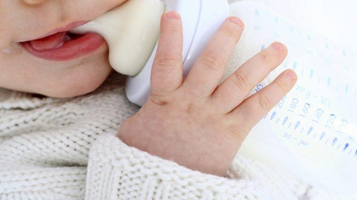 mlieko-materskej-dieta-pije-flasticka-cumlik-istock_000005423534medium-728x409.jpg