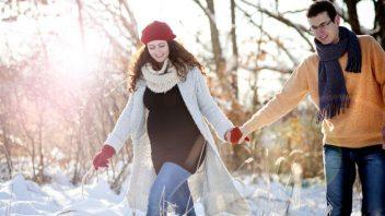 par-tehotenstvo-priroda-zima-sneh-prechadzka_istock_000030418782-352x198.jpg