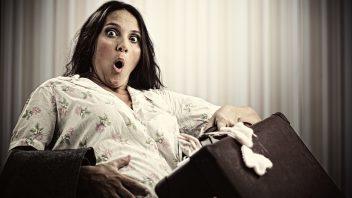 tehotna-kufor-boliet-panika-odchod-do-porodnice-istock_000022497750medium-352x198.jpg