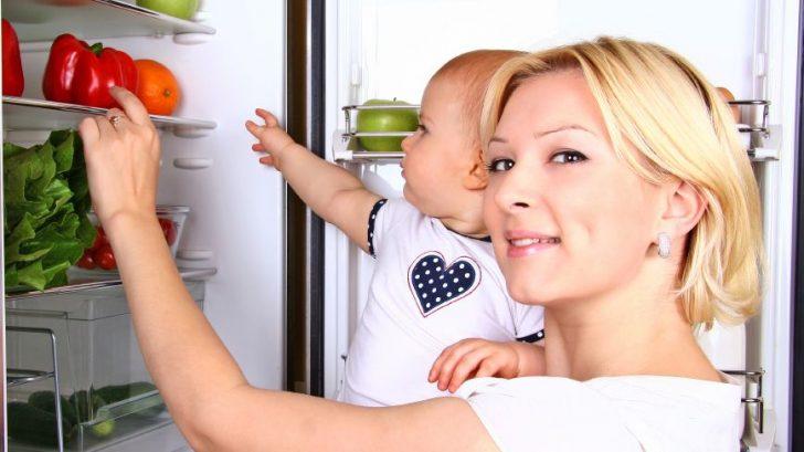 zena-matka-dieta-babatko-chladnicka-ovocie-zelenina-strava-zdravie-istock_000021856725-728x409.jpg