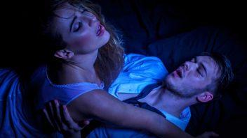 zena-muz-par-sex-orgazmus-vzrusenie-istock_000022895981-352x198.jpg