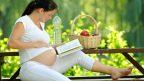 zena-tehotna-tehotenstvo-jablko-kniha-priroda-voda-vyziva-pohoda-relax-zdravie-studium-istock_000013833909-144x81.jpg